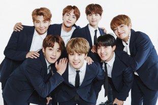El grupo asiático K-Pop BTS superó las 5.000 millones de reproducciones en Spotify -