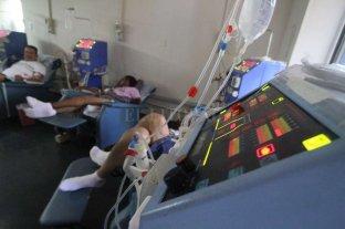 Prestadores de diálisis se declararon en emergencia - Diálisis. El tratamiento es vital para los 2040 santafesinos que reciben hoy este tratamiento. -