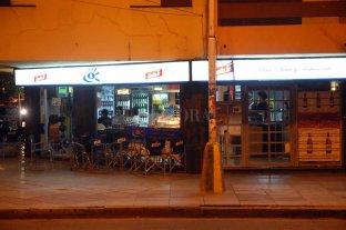 Robaron en un kiosco en pleno bulevar - El hecho se registró sobre el tradicional bulevar Gálvez de la ciudad de Santa Fe.