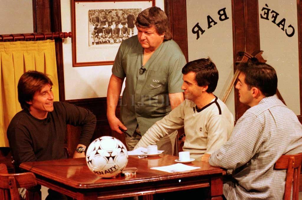 Toresani en una de sus visitas a Café con Fútbol, el emblemático programa de CyD Litoral.  <strong>Foto:</strong> Archivo El Litoral