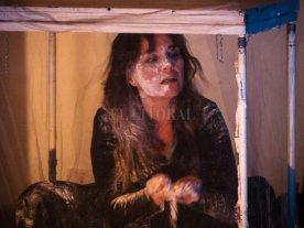 """Santa Fe anticipa el VI Festival Magdalena - Natalia Marcet presentará su obra """"Gordas"""", sobre la bulimia y la anorexia; los textos son de la actriz, con dramaturgia de Ana Woolf, y arreglos musicales de Juan Sardi. -"""
