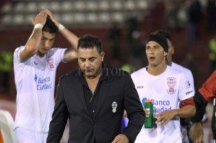 Huracán quedó eliminado de la Copa Libertadores tras perder con Emelec y renunció Mohamed -  -