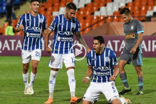 Godoy Cruz le ganó a Sporting Cristal y sueña con la clasificación -  -
