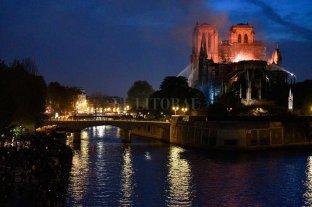 Notre Dame: Encontraron colillas de cigarrillos donde se inició el fuego -  -
