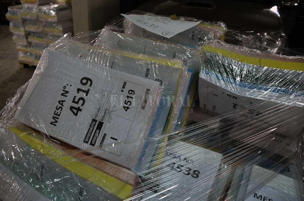 El Tribunal Electoral procesó toda la documentación y los elementos a utilizar el domingo en toda la provincia. Crédito: Guillermo Di Salvatore