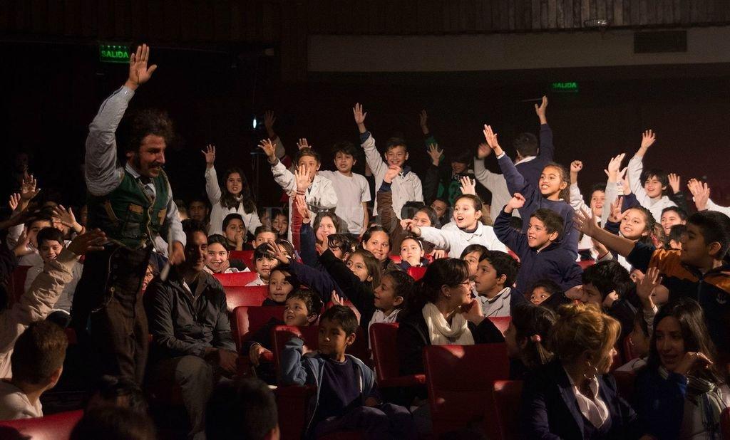 El objetivo es el de acercar a los chicos de primaria a la posibilidad de ver un espectáculo teatral, brindándoles herramientas para aprender a discernir y formar sus propios criterios. <strong>Foto:</strong> Gentileza MIC