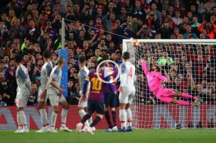 Con un golazo de tiro libre, Messi anotó su gol 600 con la camiseta del Barcelona
