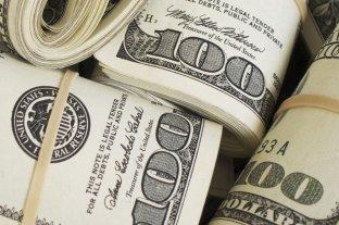 El dólar retrocedió 46 centavos y cerró por debajo de los $ 45 -  -