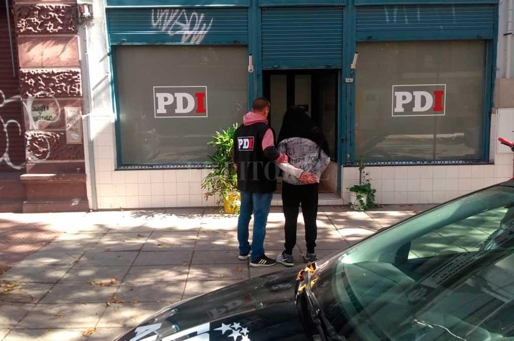 El hombre se domicilia en barrio Candioti Norte de Santa Fe, pero se estaba escondiendo en un hostal rosarino cuando fue detenido. <strong>Foto:</strong> El Litoral
