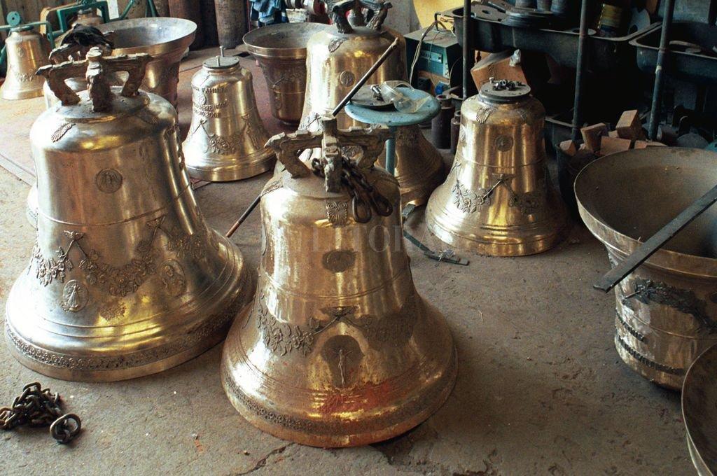"""""""Nuestro mejor momento fue con la llegada del tercer milenio. Ahí sí se hicieron campanas en muchísimos lugares de Argentina. La Rioja, La Pampa, San Luis"""", agregó Bellini. Crédito: Archivo"""