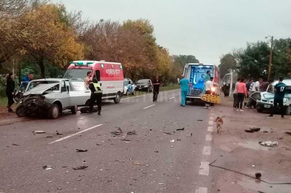 La colisión se produjo en momentos en que sobre la zona caía una fuerte lluvia <strong>Foto:</strong> Periodismo Ciudadano / WhatsApp