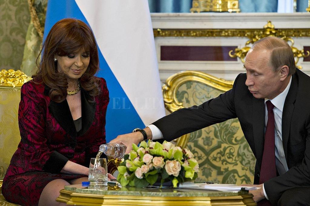 Según la defensa de Cristina Fernández, la carta de San Martín fue un obsequio que recibió de parte del presidente ruso Vladimir Putin. Crédito: Archivo El Litoral