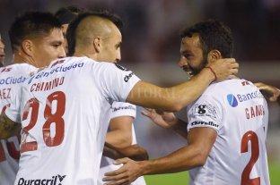 Huracán se despidió de la Copa Libertadores con una goleada ante Deportivo Lara