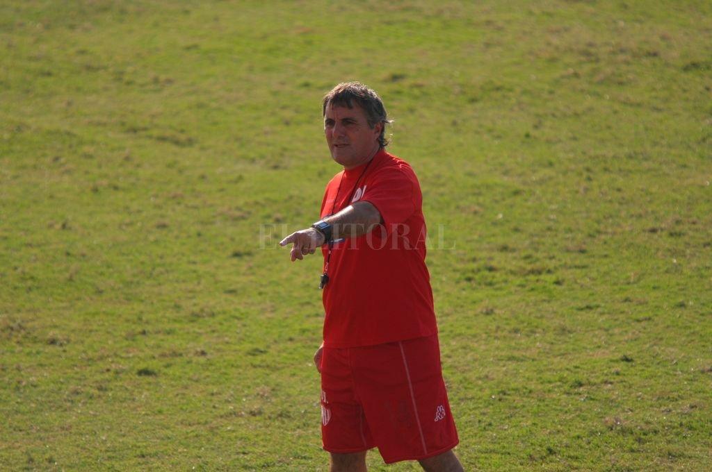 Aquellos tiempos como entrenador de Unión, que le permitió conseguir la experiencia suficiente para acompañar a Sabella, ser campeones de América y dos subcampeonatos del mundo, uno de ellos con la selección.  <strong>Foto:</strong> Luis Cetraro