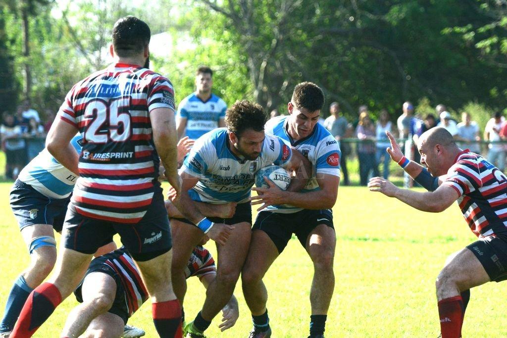 CRAI y Santa Fe Rugby Club serán protagonista del sector más selecto de la segunda fase, por lo que están en carrera para pugnar por el preciado título de uno de los certámenes más importantes del país. <strong>Foto:</strong> Luis Cetraro