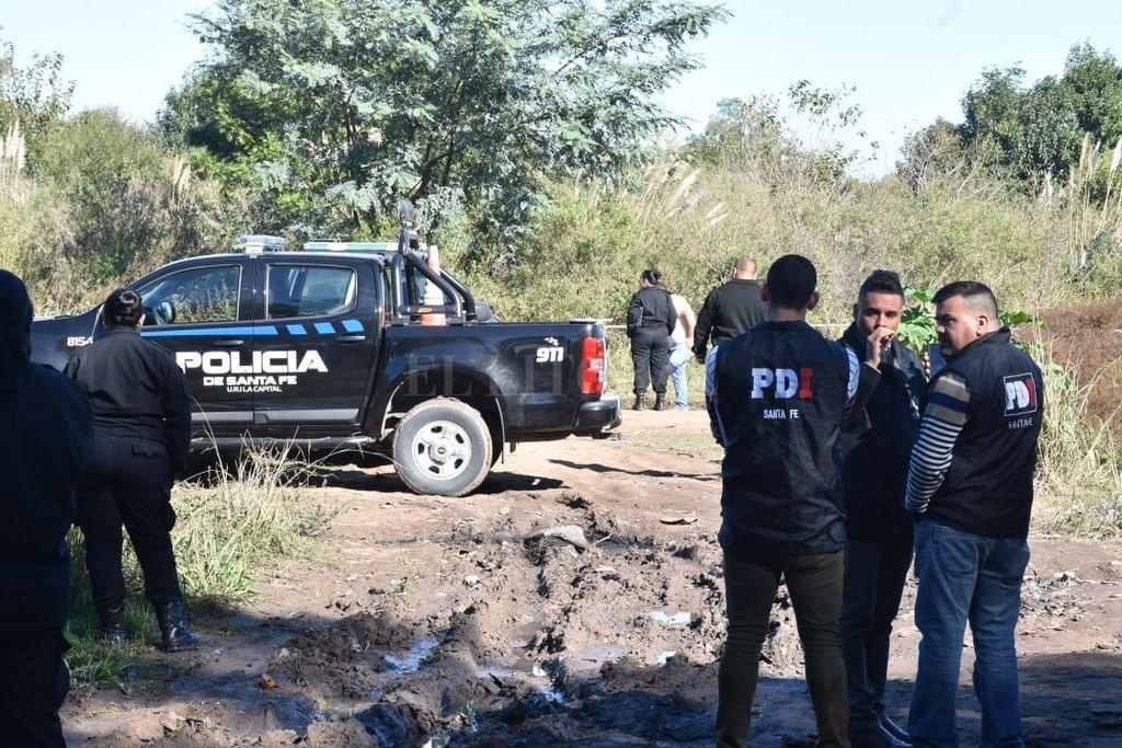En E. Zeballos 5700, una mujer fue encontrada muerta en un basural. <strong>Foto:</strong> Guillermo Di Salvatore