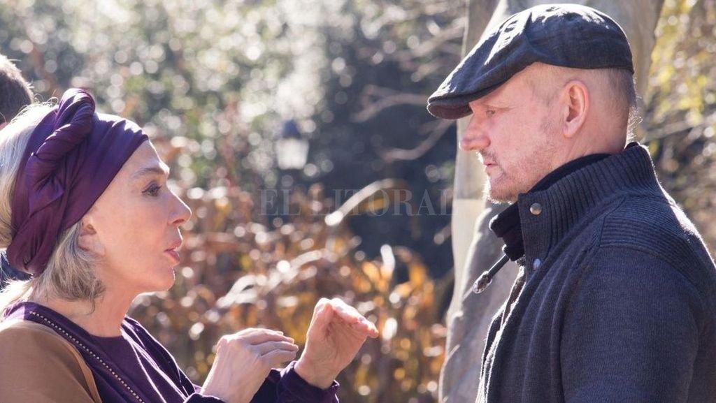 Graciela Borges y Juan Campanella durante el rodaje de la nueva película.  <strong>Foto:</strong> Diario Show