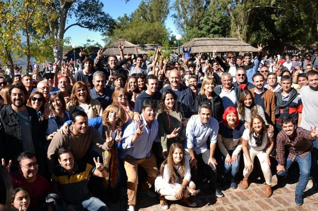 Juntos. Los candidatos del PJ se reunieron en el camping de UPCN <strong>Foto:</strong> Gentileza Juntos