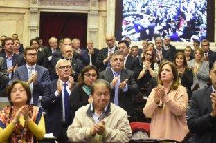 Emotivo homenaje a Héctor Olivares en la Cámara de Diputados