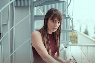 Silvina Moreno, de paso por Santa Fe - Después de su show en Santa Fe, participará en el LAMC en NYC y el Ruido Fest en Chicago, y a mediados de año realizará su primera visita a Europa. -