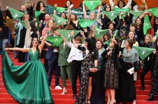 """La """"Ola Verde"""" a favor del aborto legal se hizo sentir en el Festival de Cannes -  -"""