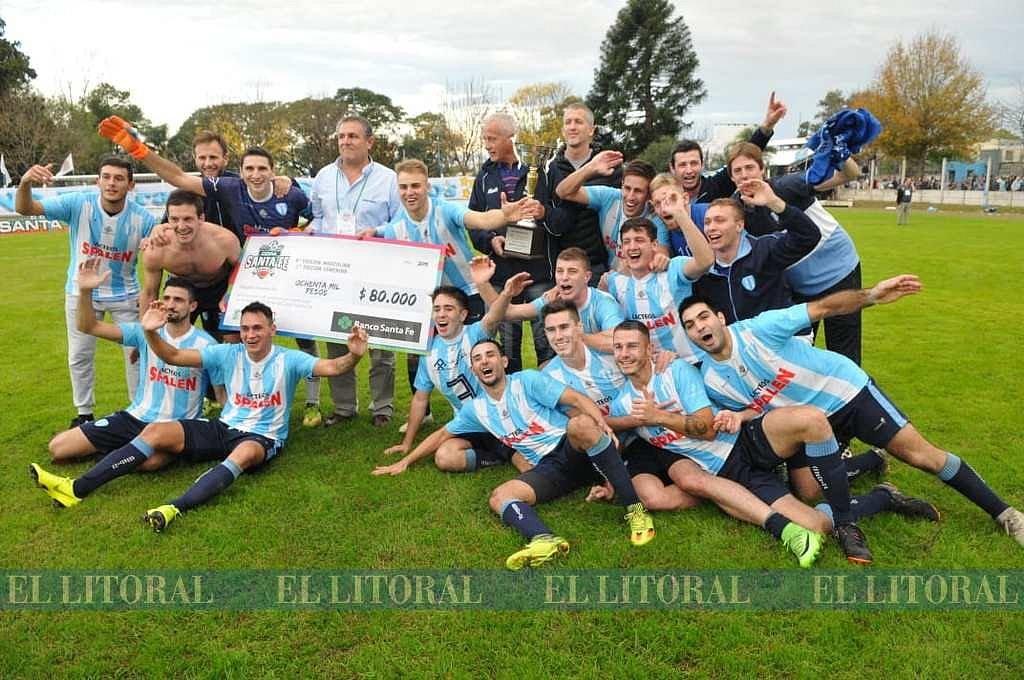 Argentino festejó en el clásico de San Carlos. <strong>Foto:</strong> Eduardo Seval