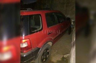 Secuestran la camioneta usada en el asalto a una distribuidora - El vehículo en cuestión en el cual se conducían varios delincuentes. -