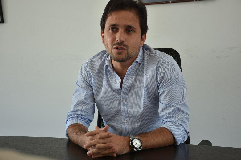Lucas Simoniello analizó el panorama político de cara a las elecciones generales.  Crédito: Luis Cetraro