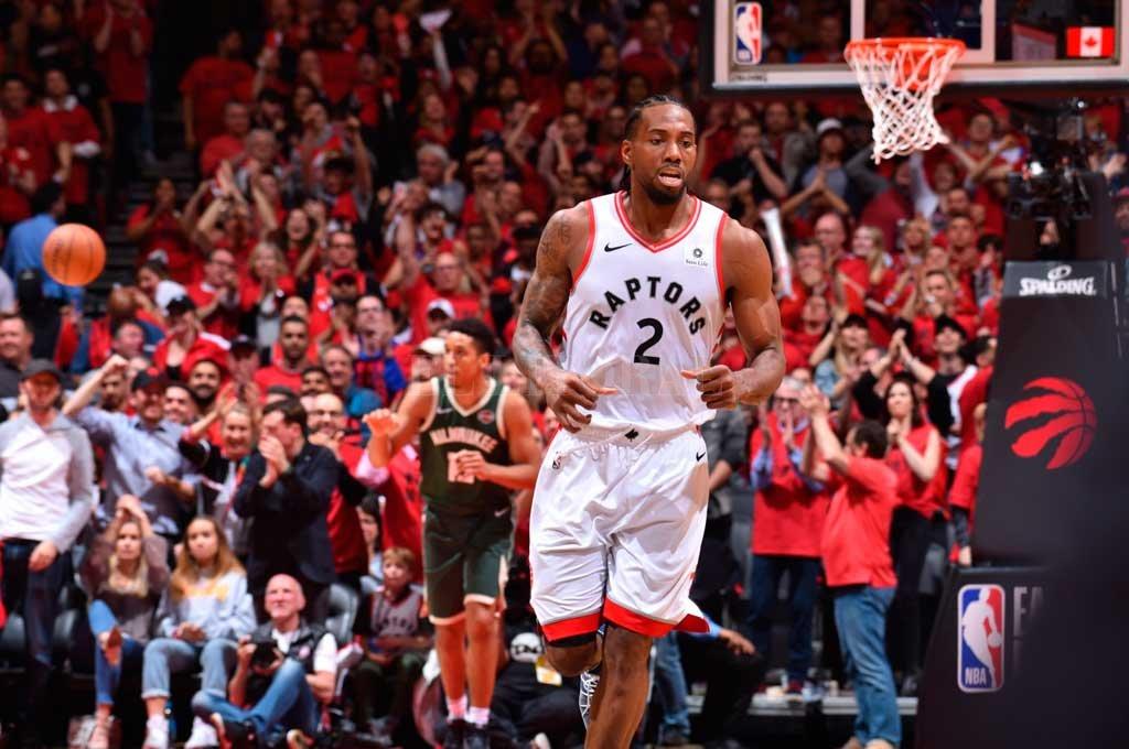 Toronto ganó y descuenta en su serie