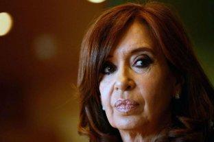 """Primer juicio a Cristina - Ella se considera perseguida política y Alberto Fernández dijo que los jueces deberán """"explicar barrabasadas"""". -"""
