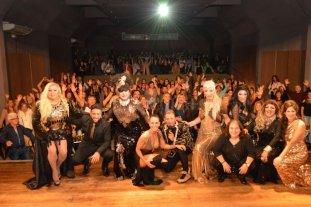 """""""Transformadísimos"""": a sala llena - Se trata de un show cómico-musical acompañado por transformistas, cantantes y humoristas.  -"""