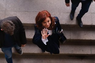 Empezó el primer juicio contra Cristina Kirchner -  -