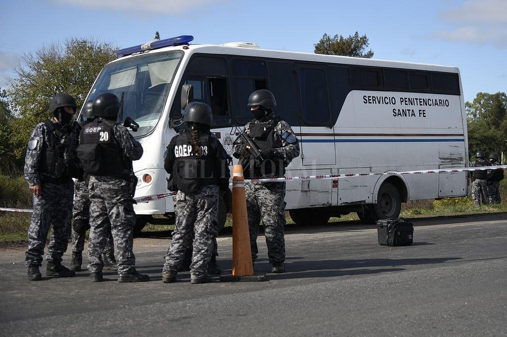 Imputan a cuatro agentes del Servicio Penitenciario por la fuga de presos en la Autopista