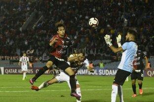 Colón empató sin goles con River Plate de Uruguay -  -