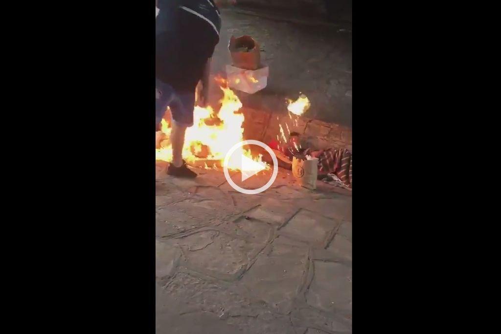 Un hombre prendió fuego a dos indigentes en Buenos Aires