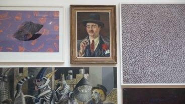 """""""En el gesto del coleccionista que dona sus cuadros hay una voluntad de ser recordado"""" - Una de las obras que integran la colección de retratos de Mujica Lainez en el museo Rosa Galisteo -"""