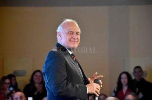 """""""Queremos un acuerdo con sectores y líderes políticos, no un rejunte"""" - """"Podremos avanzar si hay voluntad de las partes y generosidad de los dirigentes"""", dijo Miguel Lifschitz. -"""
