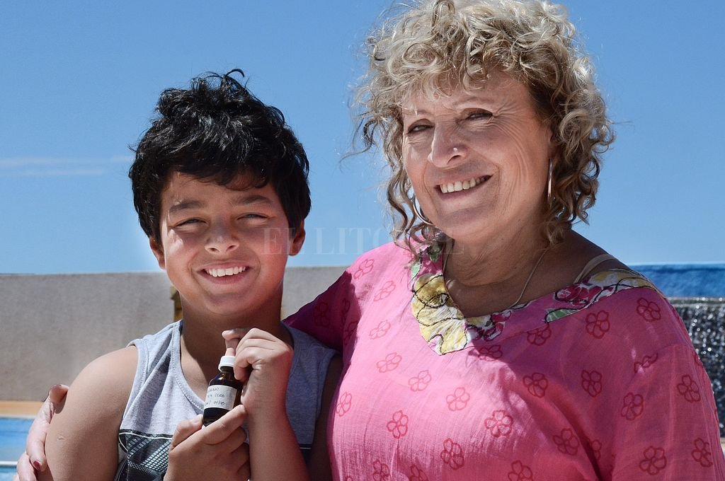 Julia Macarena Navarro y su hijo Joaquín. <strong>Foto:</strong> Telam