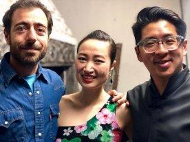 """""""De acá a la China"""" en ATE Casa España - Federico Marcello (realizador y protagonista) junto a Amelia Wei (conductora del ciclo """"Noches de Chine"""") y Carlitos Lin (invitado al ciclo). -"""