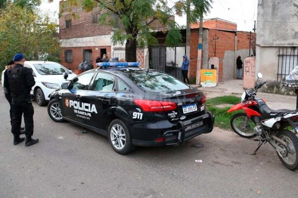 Asesinaron a un joven en la puerta de su casa de Rosario