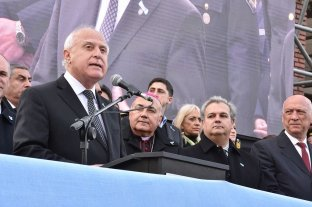 "Lifschitz: ""No ser solo espectadores"" -"