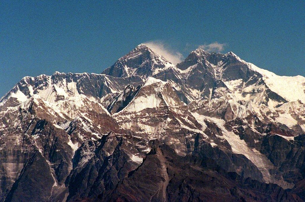 Everest: ya suman 10 los muertos en una temporada récord de escaladores