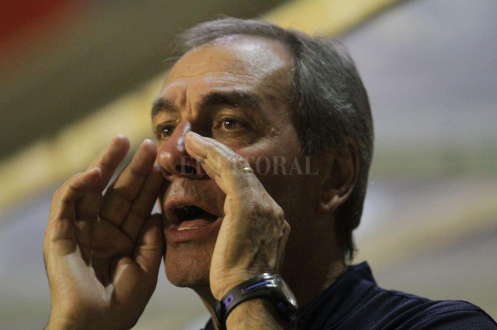 """""""Pancho"""" Ferraro vuelve a Colón -  -"""