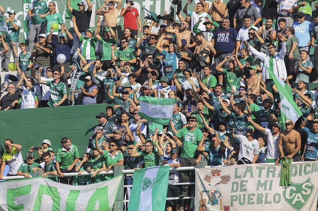 Sarmiento volvió a ganarle a Independiente Rivadavia y está en la final por el ascenso a Primera