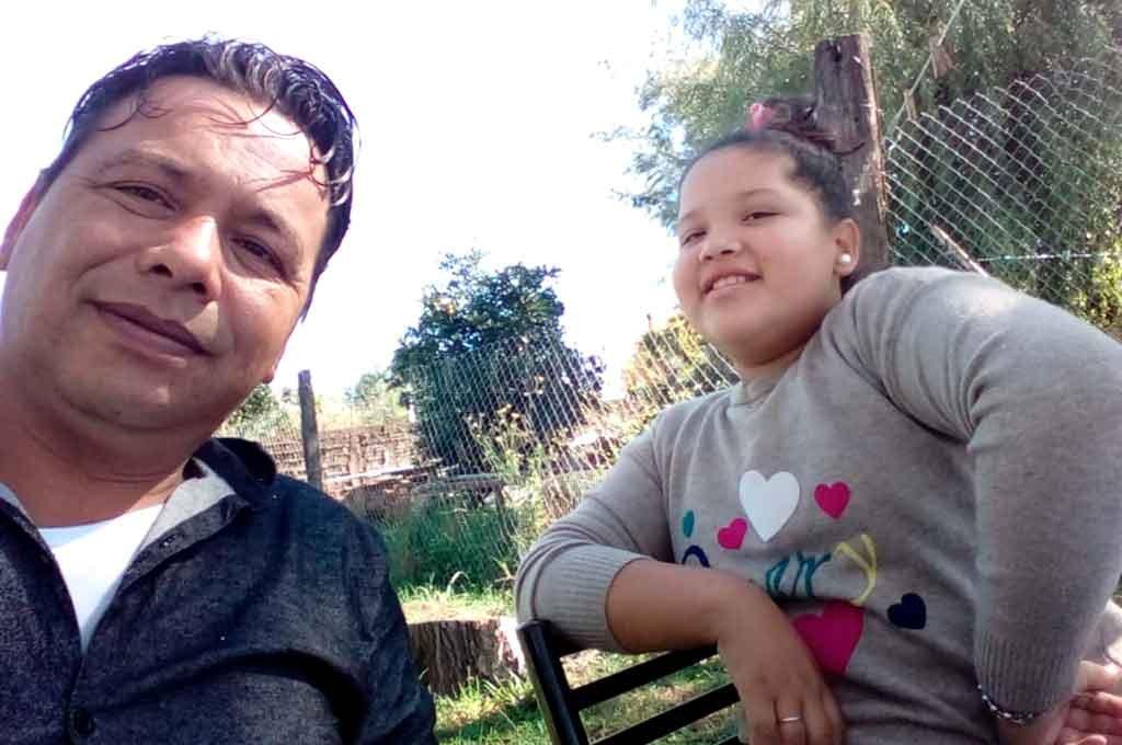 Gustavo Escalante junto a su hija Valentina. <strong>Foto:</strong> Gentileza.