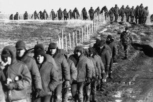El delito de torturas a soldados en Malvinas no prescribe -  -