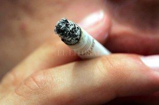 Desde 2005, disminuyó 7 % la población que consume tabaco