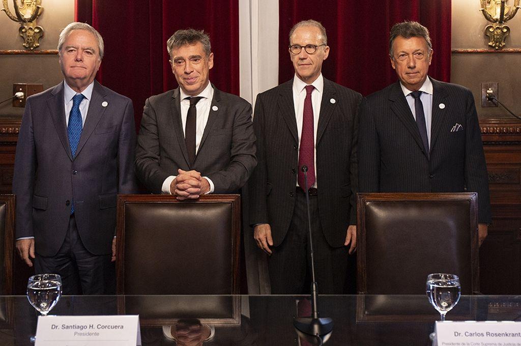 Pinedo, Corcuera, Rosenkratz y Dalla Vía en el acto de ayer para rubricar el compromiso. <strong>Foto:</strong> CIJ.gob.ar