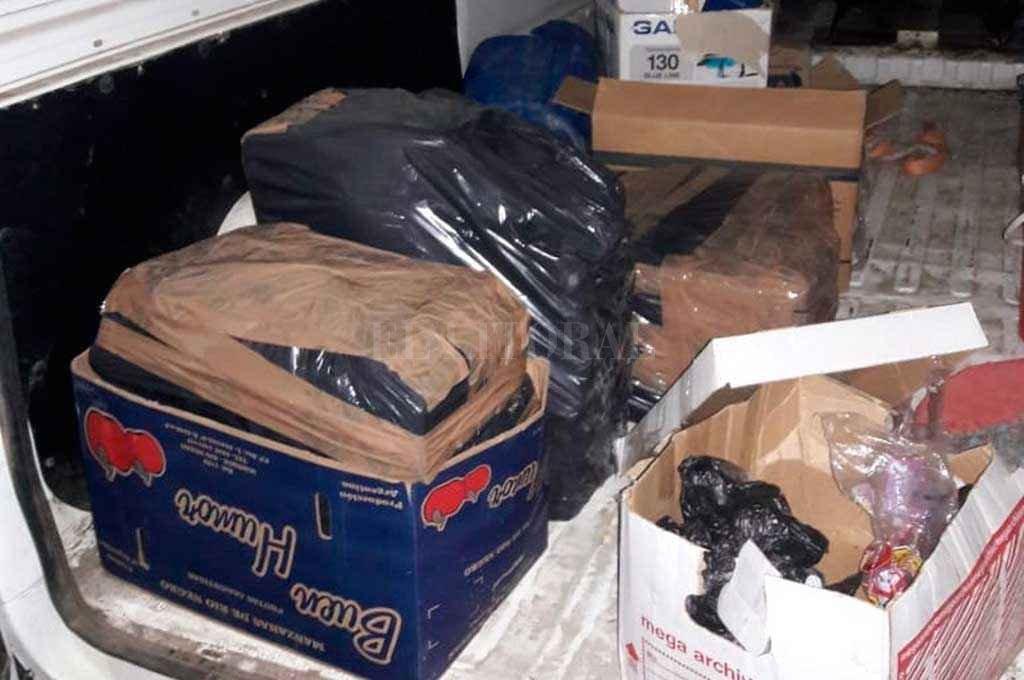 La camioneta fue hallada el 11 de diciembre del año pasado, en calle Antonia Godoy al 4500, del barrio 7 Jefes, delante de la casa de uno de los hombres de confianza de Paz. <strong>Foto:</strong> Archivo El Litoral