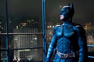 Aparecieron las primeras fotos de Robert Pattinson como Batman y...¡hay memes!